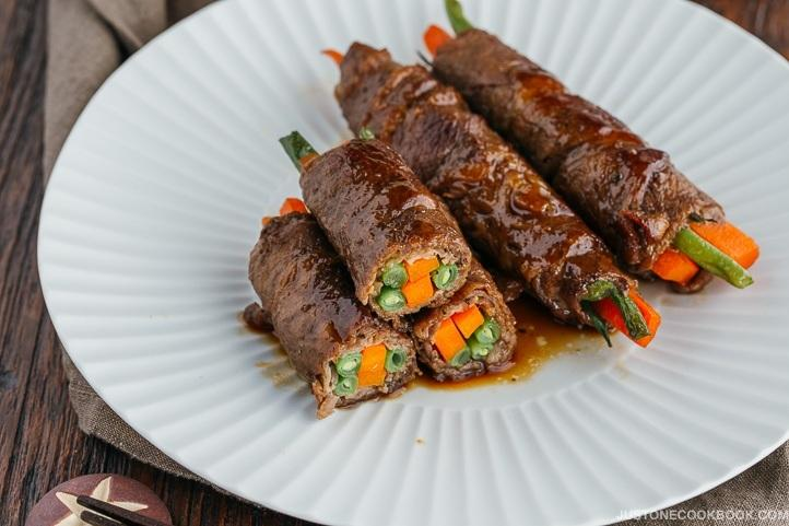 Teriyaki Steak Rolls: Japanese Beef And Bell Pepper Rolls