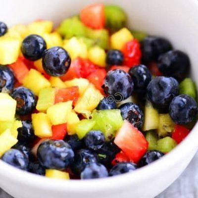 wash fruits and mix them