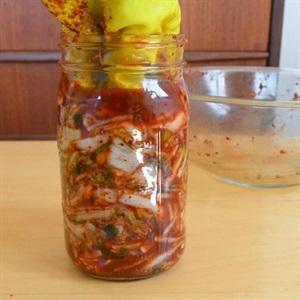 squeeze kimchi