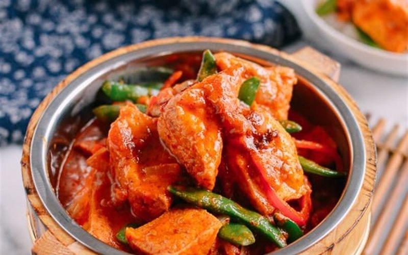 Tofu Curry Recipe: How To Cook Thai Tofu Curry