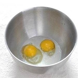 beat chicken eggs