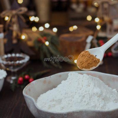 sieve the wheat flour