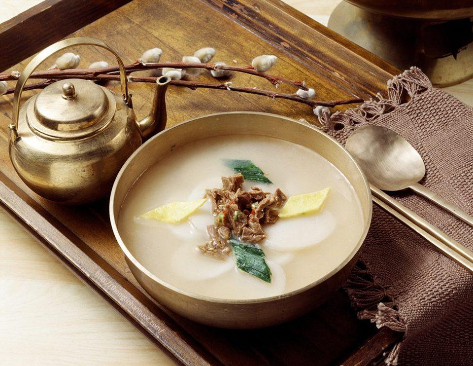Beef And Korean Rice Cake Soup