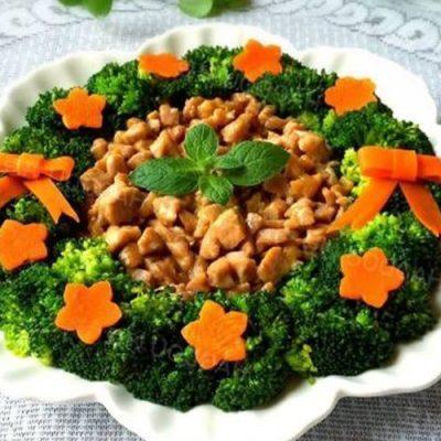 cauliflowers stir-fry with pork