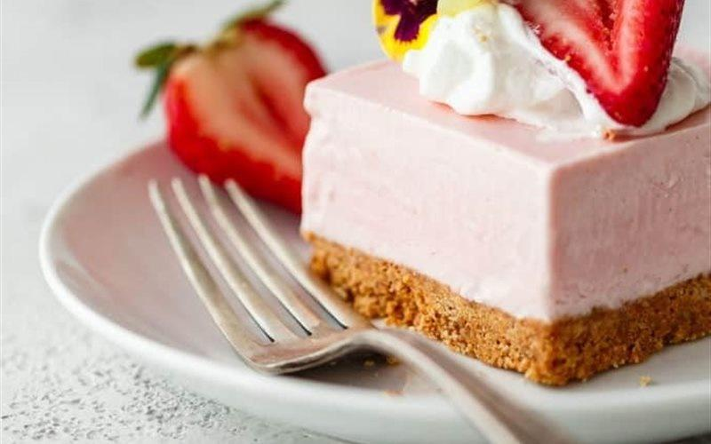 How To Make No Bake Strawberry Cake