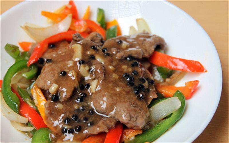How To Make Beef With Black Pepper Sauce Dish