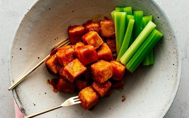 Baked Tofu Cooked With Chili Sauce Recipe
