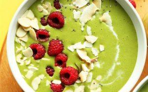 How to make green tea smoothie with fruits