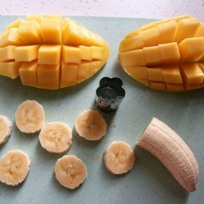 peel mango and banana