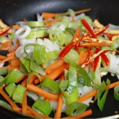 stir-fry onion