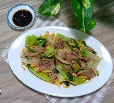 noodles stir-fried with beef