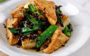 how to make tofu cooked with black beans