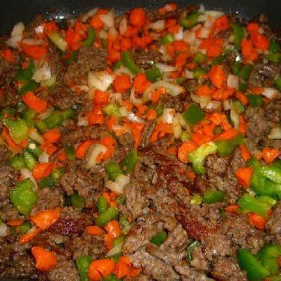 add carrots, green chilis